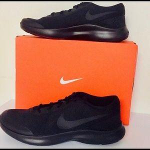 Brand new Nike Flex men's size 11